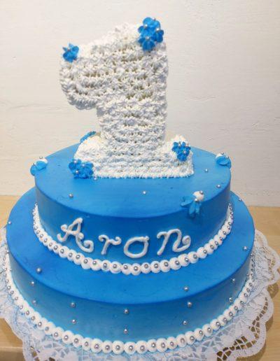 Nr.307-2-stoeckige-Geb.-Torte-mit-3D-Nummer-essbar-40cm-und-28cm-Preis 135,00