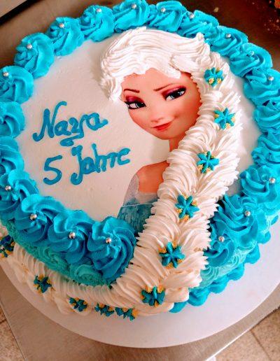 Nr.705-26cm-3D-Elsa-Torte-lang-Haar